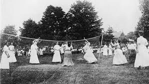 Berdasarkan sejarah bola voli, permainan ini berasal dari Amerika