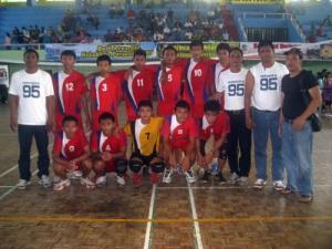 coach dan finalis bola voli remaja 2011