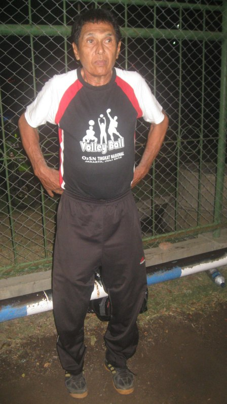 achmad-kamal-kepala-pelatih-sparta